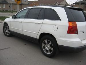 2008 Chrysler Pacifica AWD SUV Clean,New tires CERTIFIED ETEST Kitchener / Waterloo Kitchener Area image 1