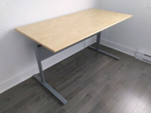 **OFFICE DESK WITH CHAIR IN EXCELLENT CONDITION**