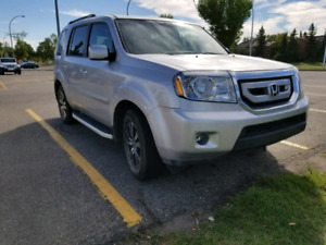 2011 Honda Pilot EXL fully loaded