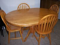 Oak Pedestal Dining Table  and 4 chairs