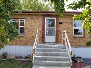 2 Rooms for Rent (U of M)