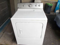 Secheuse Maytag commerciale
