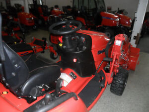 Compact Tractor w/loader