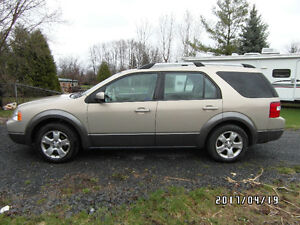 2007 Ford FreeStyle/Taurus X Deluxe SEI SUV, Crossover