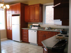 LARGE 4 BED HOME NEAR CU (HOGS BACK/CARLTON HEIGHTS!