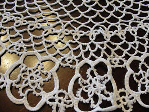 Set of 3 white lace doilies NEW  (never used) Kitchener / Waterloo Kitchener Area image 2