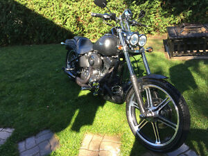 Harley Davidson SOFTAIL night-train FXSTBI 2008