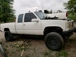 1998 GMC Sierra part out need gone!