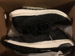 DS Adidas Ultra Boost Uncaged sz 8.5 fits 8-9.5