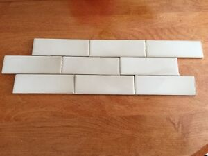 """H&R Johnson Vintage Tiles ~ Lot of 30 ~ Made in England (2""""x6"""")"""