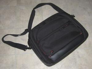 Samsonite laptop case