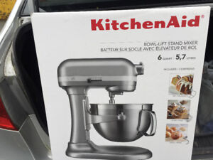 Kitchen Aid Stand Mixer (Bowl Lift) New!!