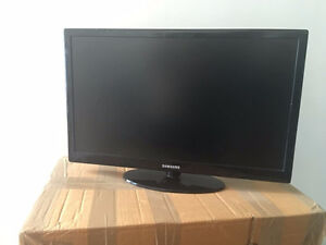 "22"" Inch LED Samsung Flat Screen TV"