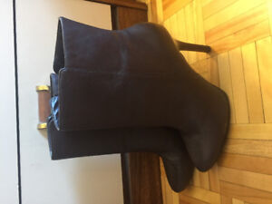 brown LAUREN BY RALPH LAUREN heeled boots