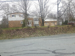 RENT TO OWN OPPORTUNITY - HOUSE WITH GARAGE -  Middle Sackville