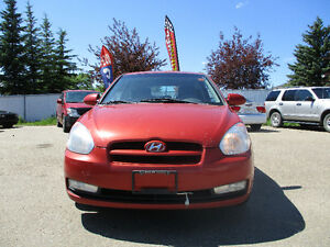 2009 Hyundai Accent Coupe (2 door) AUTO SUNROOF