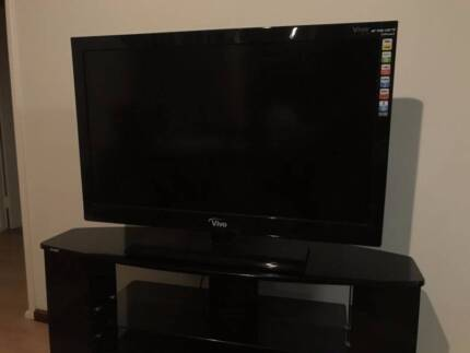 40 inch FHD LCD TV and free TV CABINET