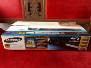 Samsung Blu-Ray Player BD-C5500T 1080p with Remote