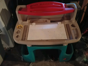 Kids craft desk