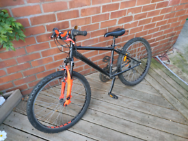Btwin Mountain Bike | 15 inch wheels | works perfectly