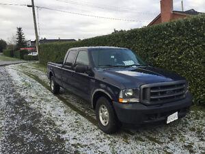 2002 Ford F-350 XL Pickup Truck