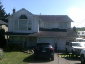 5 BEDROOM, 3 BATH, 2 KITCHEN, 2500 SQ FT HOUSE FOR RENT