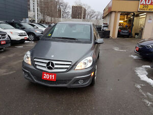2011 Mercedes-Benz B-Class B 200 Sedan