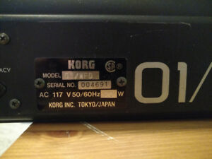 [price drop] VINTAGE KORG 01/W - LEGEND!