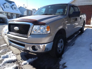 Camion Ford F150 XLT Crew Cab / V8 / 4,6l / 4 x 4 / 2007