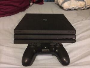 SELLING PS4 PRO | MINT CONDITION