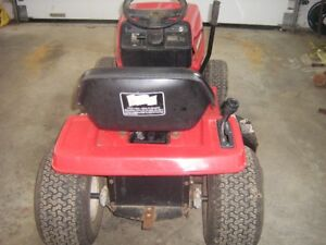 Lawn tractor4 sale