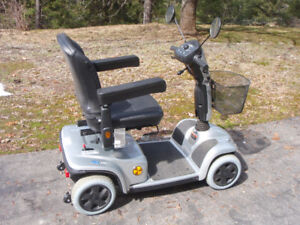 INVACARE LEO ELECTRIC SCOOTER