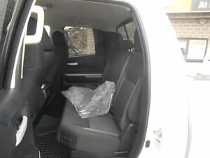 2014 Toyota Tundra SR5 5.7L V8 Double Cab 4WD Peterborough Peterborough Area image 13
