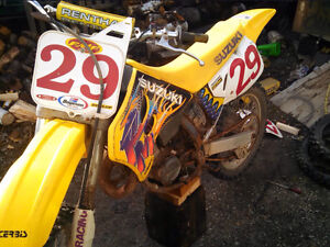 Looking for 1994 rm125 parts