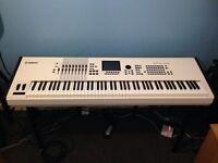 Yamaha Motif XF8 music production synthesizer