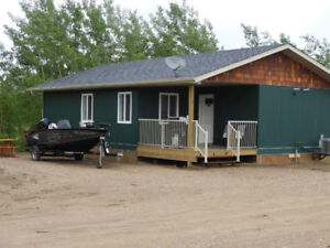 LUXURY CABIN RENTALS AT TOBIN LAKE