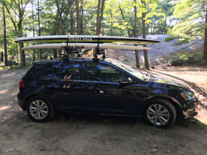 Thule Aeroblade with Thule Stand up paddleboard taxis