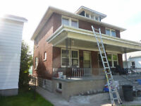 University Of Windsor nearby Side by side.duplex for rent $720