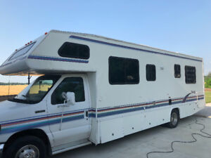 1995 Georgie Boy 30ft. C Class Motor Home IT HAS BEEN SOLD