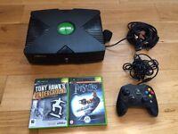 Original Microsoft Xbox console & 2 games