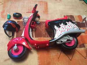 Monster High GHOULIA SCOOTER