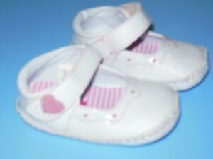 "Baby Girls Size 2T ""ABC"" Shoes"