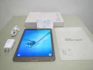 10 Samsung Galaxy Tab S2 9.7 tablet Super AMOLED 32GB  3GB RAM