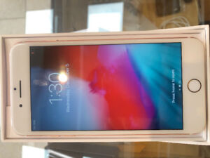 I phone 7plus rose gold 32 gb mint condition comes with box