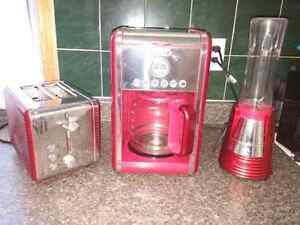 Bella Toaster, Coffee Maker and Mini Blender Set