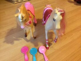 2 Barbie horses