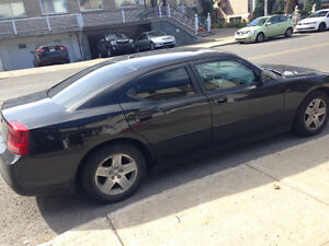 2007 Dodge Charger **Low Km* *Leather interior**
