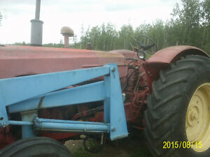 Massey 555 with loader & bale fork Strathcona County Edmonton Area image 2