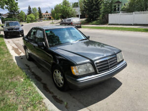 Classic 1994 Mercedes-Benz 400 Series Great Condition