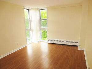 July 1! JR.2 Bedroom in Lemarchant Tower! 1 min from DAL!